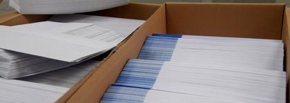 Het toevoegen van brochure's, antwoordkaarten, gadgets en acceptgiro's is geen enkel probleem. Elk type envelop is door ons verwerkbaar